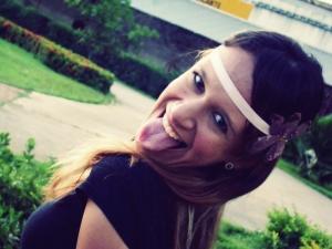 Eu, Ana Cláudia, usando uma das Tiaras (em destaque hahaha)
